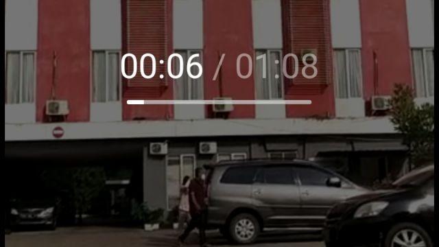 Screenshot_2021-10-15-13-53-23-331_com.miui_.gallery.jpg